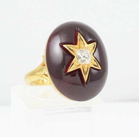Antique Victorian 18Ct Gold Ring With Cabochon Garnet And Diamond c 1880's